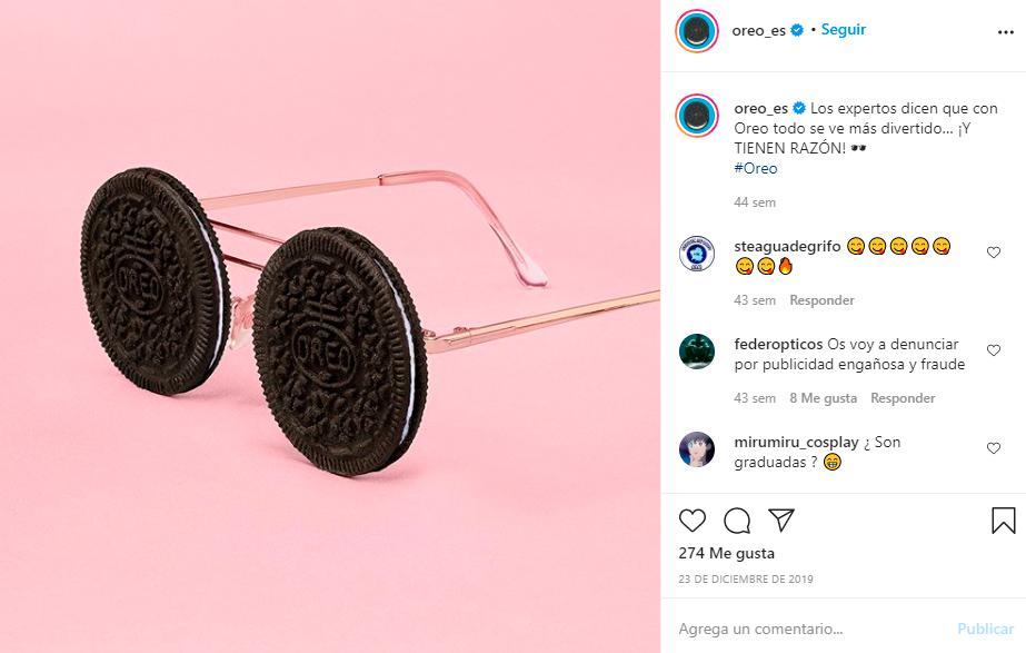 Oreo con gafas